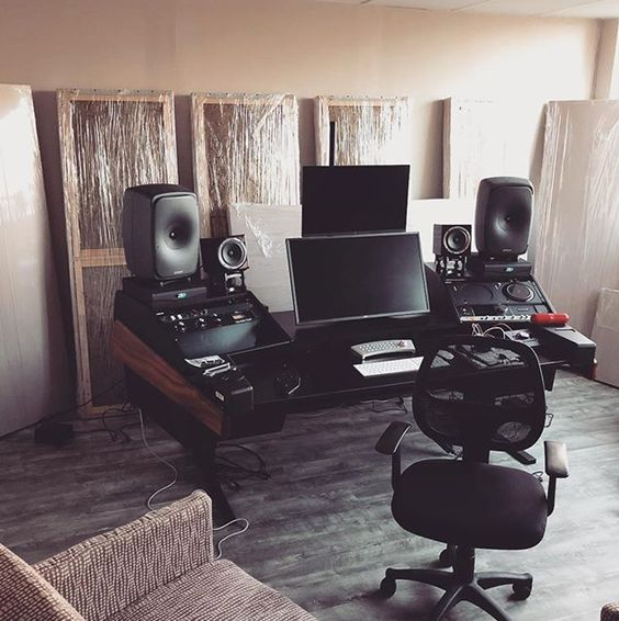 5 Studio Monitor Speaker Placements You Should Know