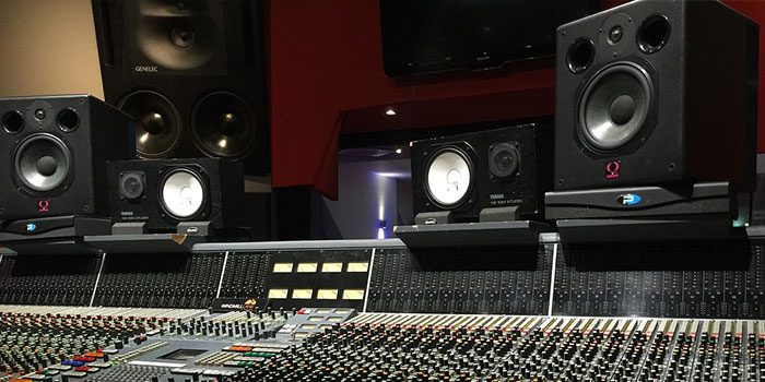studio monitors for home studio audio mentor. Black Bedroom Furniture Sets. Home Design Ideas